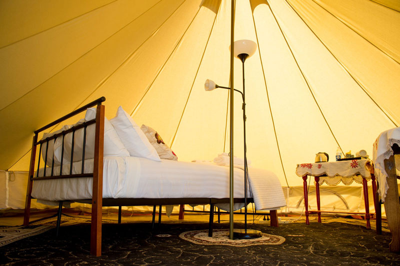 Glamping accommodation club boutique hotel cunnamulla